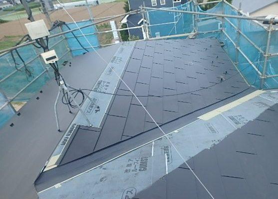 みよし市 屋根工事 屋根葺き替え工事 ルーフィング 雪止め ガルバリウム鋼板 (3)-min