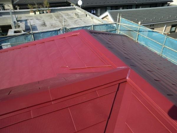 豊田市 屋根工事 屋根カバー工法(重ね葺き工事) コロニアルからガルバリウム鋼板(横葺き)へ (2)-min
