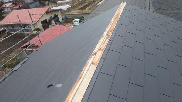 豊田市 屋根工事 屋根カバー工法(重ね葺き工事) ガルバリウム鋼板 雪止め設置 (2)-min
