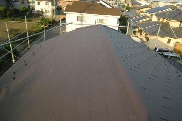 豊田市 屋根工事 屋根葺き替え工事 貫板、棟板金を取り付け 完工 (2)-min